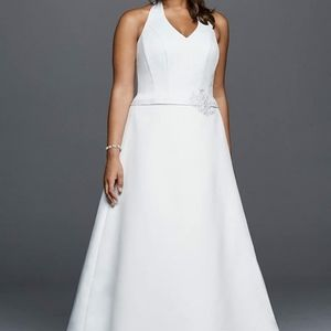 David's Bridal Halter V-Neck Plus Size Wedding